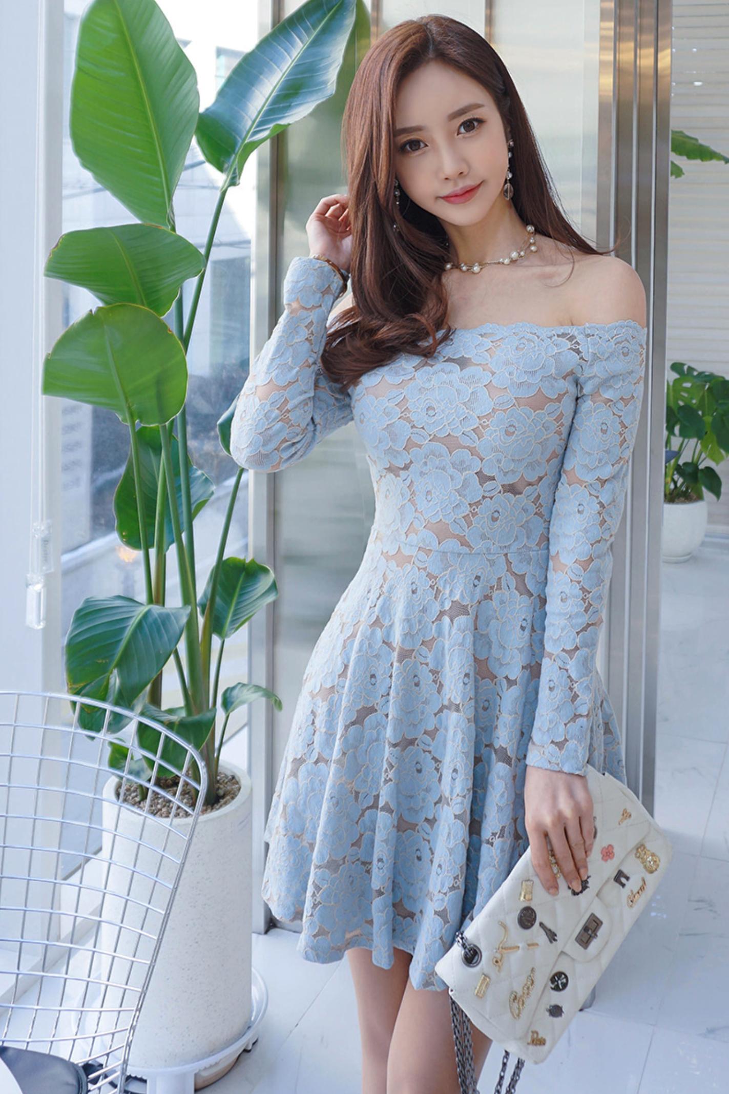 beautiful Korean woman