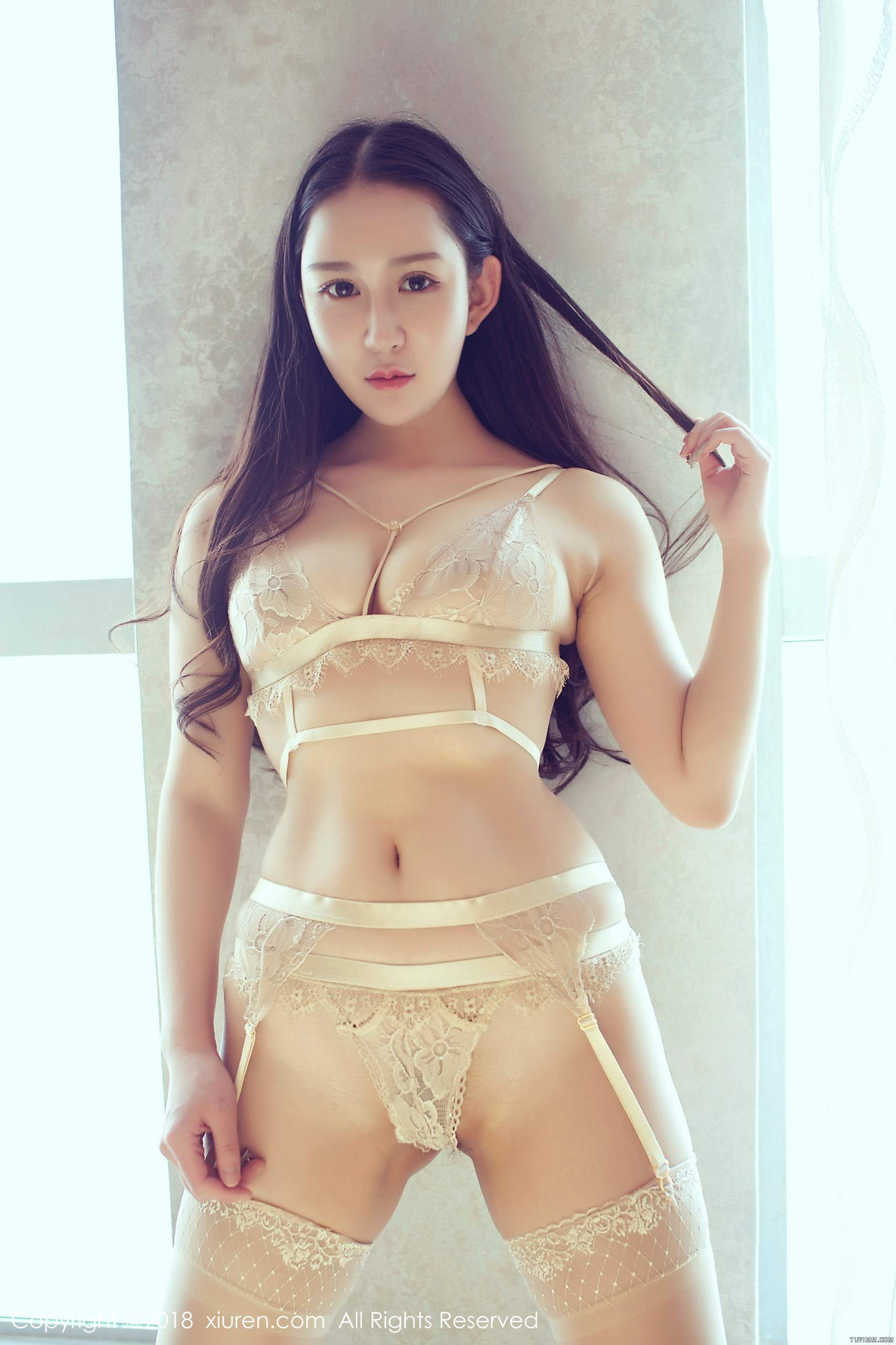 hot Chinese glamour